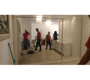 Espelho Vivix divisória sala quartos com bisotes verticais
